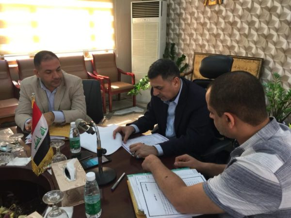 Photo of محافظ البصرة يوجه بنقل المهندسين في الأبنية المدرسية الى مديرية مجاري المحافظة