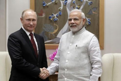 Photo of روسيا والهند: حل الأزمة في سورية عبر الحوار بين السوريين دون تدخل خارجي
