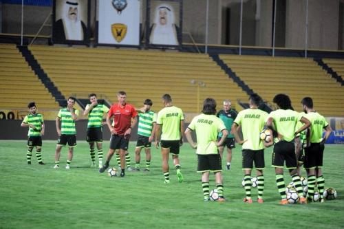 Photo of المنتخب الوطني يتجمع للتوجه الى البطولة الرباعية