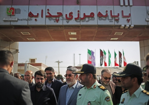Photo of وزير الداخلية الإيراني: تعاون العراق في زيارة الأربعين جيد