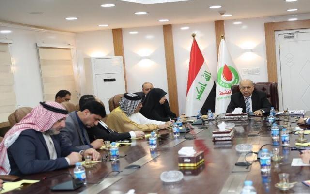 Photo of النفط تدعم مشاريع النهوض بالواقع الاقتصادي والخدمي للبصرة