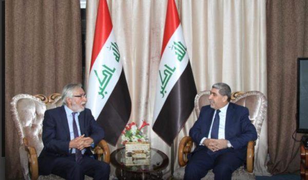 Photo of الدكتور نصّار الربيعي يستقبل المفكر العراقي نبيل ياسين