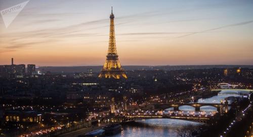 """Photo of إغلاق برج """"إيفل"""" في باريس"""