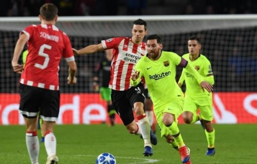 Photo of دوري الأبطال: برشلونة يهزم آيندهوفن ويتأهل لدور الـ 16 متصدراً