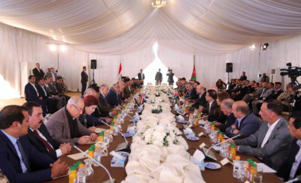 Photo of رئيس مجلس الوزراء السيد عادل عبدالمهدي يتسلم  ١٣٠٠ قطعة اثارية