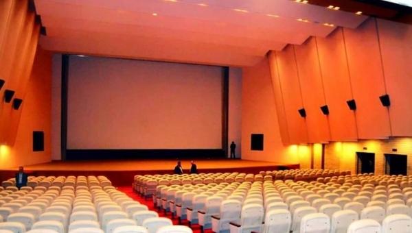 Photo of غداً.. إفتتاح سينما ومسرح في بغداد أغلقت لسنوات