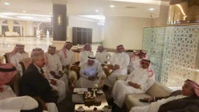 Photo of المنافذ الحدودية والتجارة السعودية يتفقان على تحديد موعد افتتاح منفذ عرعر