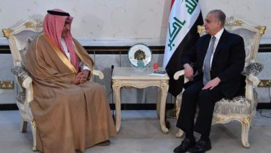 Photo of وزير الخارجية يستقبل وزير الدولة السعودي لشؤون الخليج العربي