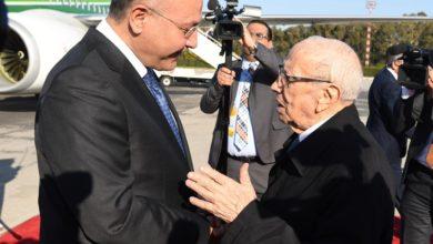 Photo of بالصور.. رئيس الجمهورية يصل تونس للمشاركة في القمة العربية