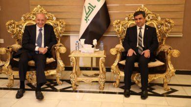Photo of عضو لجنة العلاقات الخارجية يستقبل رئيس مجلس النواب اللبناني لدى وصوله النجف الاشرف
