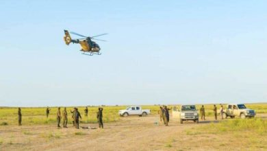 Photo of طيران الجيش يدمر عجلة تحمل منصة اطلاق صواريخ لداعش استنادا لمعلومات من عمليات الحشد في سامراء