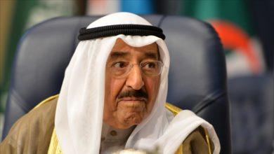 Photo of أمير الكويت يعود للبلاد بعد رحلة علاجية في أمريكا