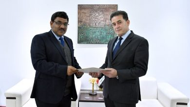 Photo of وكيل الوزارة الأقدم يتسلّم أوراق اعتماد السفير الهندي