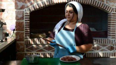 Photo of هل هو تحدٍ للمجتمع أم ثقة بالنفس…؟ أول مطعم يقدم الأكلات الشعبية الفلكلورية الكردية في السليمانية باشراف كادر نسائي