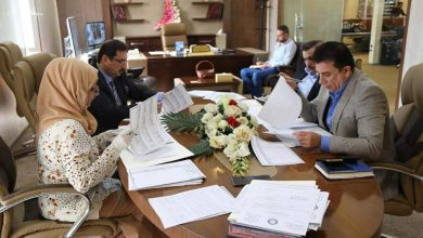 Photo of لجنة الاجازات الدراسية تناقش اسماء المرشحين للدراسات العليا داخل العراق