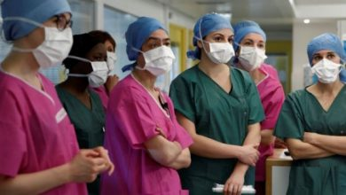 Photo of جونسون في العناية المركزة ووزير الخارجية يتولى المسؤولية متعهدا هزيمة الفيروس