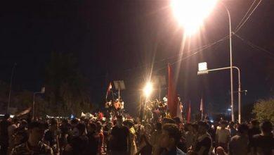 Photo of لليوم الثاني.. المئات يتجمعون امام مبنى حكومة بابل للمطالبة باقالة المحافظ