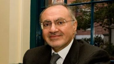 Photo of وزير المالية يكشف عن الفئات المشمولة بتخفيض الرواتب