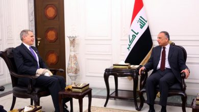 Photo of رئيس مجلس الوزراء السيد مصطفى الكاظمي يستقبل السفير الأمريكي في بغداد