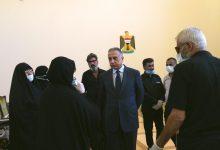 Photo of رئيس مجلس الوزراء يلتقي بعدد من عوائل شهداء الاحتجاجات