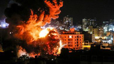 Photo of فلسطين الجيش الإسرائيلي يقصف أهدافا في غزة.