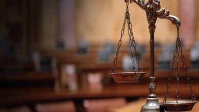 Photo of محكمة استئناف الكرخ تأيد الحكم البدائي بعدم تجديد رخص شركات الهاتف النقال