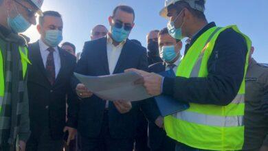 Photo of وزير التخطيط يجري جولة ميدانية في عدد من اقضية محافظة الانبار لمتابعة العمل في المستشفيات المتوقفة