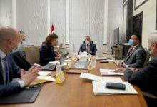Photo of رئيس مجلس الوزراء السيد مصطفى الكاظمي يترأس اجتماعاً لتطوير إدارة المستشفيات المكتملة حديثاً